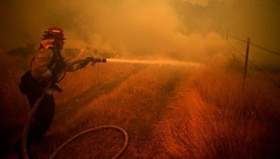 Καλιφόρνια: 6 νεκροί από τις πυρκαγιές