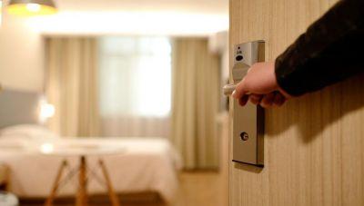 Τριάντα ξενοδοχεία έβαλαν πωλητήριο στην Κρήτη λόγω... κορωνοϊου