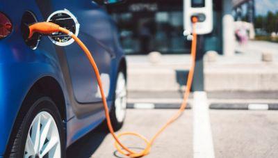Χώρους φόρτισης ηλεκτρικών οχημάτων σχεδιάζουν οι δήμοι της Κρήτης-Χρηματοδότηση από το Πράσινο Ταμείο