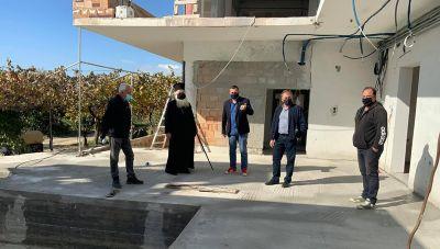 Ιεράπετρα: Αυτοψία Δημαρχου και Μητροπολίτη στο κτίριο που θα στεγάσει το γηροκομείο