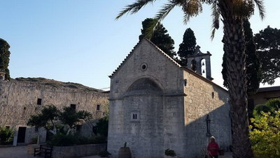 Στη Μονή Αρετίου, σε μια μοναδική τοποθεσία στην Κρήτη (φωτογραφίες)