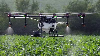 Drones στη μάχη κατά των κουνουπιών – Ψεκασμοί από αέρος