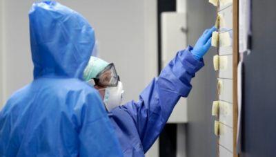 Κορωνοϊός: 698 νέα κρούσματα-26 θάνατοι, 299 διασωληνωμένοι