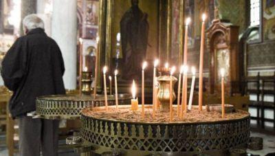 Πάσχα εντός έδρας: Τι θα γίνει με τις εκκλησίες- Πότε ανοίγει η εστίαση