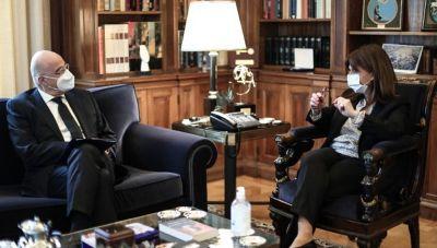 Συνάντηση Ν. Δένδια - Κ. Σακελλαροπούλου: Ενημέρωση για τα εθνικά θέματα