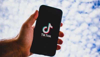 Η Ρωσία επέβαλλε πρόστιμο ύψους 34.000 δολαρίων στην TikTok