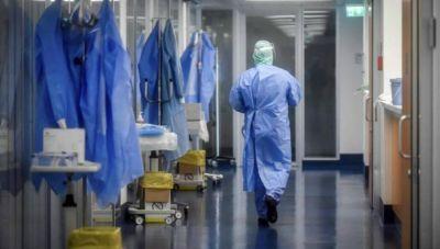 Κορωνοϊός: 1496 κρούσματα- 17 θάνατοι, 284 διασωληνωμένοι