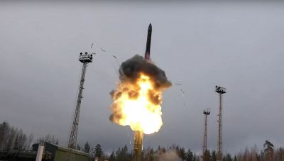 H Ρωσία ετοιμάζει υπερηχητικά όπλα μεγάλης ακριβείας