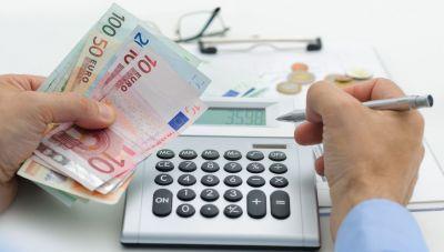 Θέμα newshub.gr: Πως τα 30 ευρώ ανά στρέμμα για τους ελαιοπαραγωγούς μπορεί να οδηγήσουν σε φορολογικές «καμπάνες»!