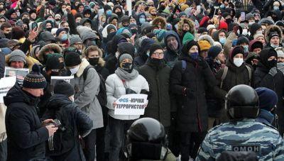 Συνεχίζεται η αναταραχή στη Ρωσία- Επέμβαση της αστυνομίας σε πορείες υπέρ του Ναβάλνι