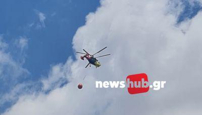 Δ. Μινώα Πεδιάδας: «Σηκώθηκε» και ελικόπτερο για τη φωτιά στη Βόνη- Έκλεισαν το δρόμο προς Θραψανό (φωτογραφίες+βίντεο)