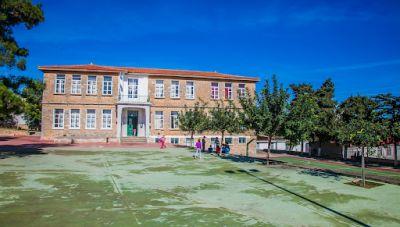 Δ. Μινώα Πεδιάδας: Από τη μανία του σεισμου δε γλύτωσε ούτε το πετρόχτιστο σχολείο του Θραψανού!