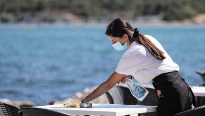 ΠΟΕΕΤ: Αυτά είναι τα νέα μέτρα στήριξης των εργαζομένων σε τουρισμό και επισιτισμό