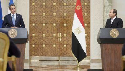 Επί τάπητος η ενίσχυση της ελληνο-αιγυπτιακής συνεργασίας από Μητσοτάκη και Αλ Σίσι