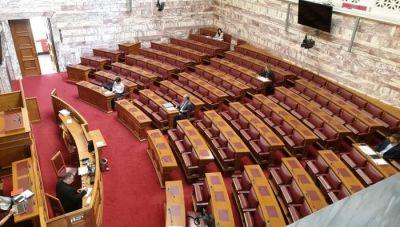 Πέρασε από τις Επιτροπές της Βουλής το Εργασιακό Νομοσχέδιο