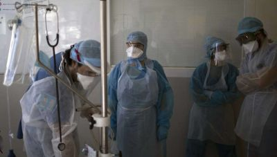 Σταϊκούρας: Μελετάμε έκτακτο επίδομα στους υγειονομικούς