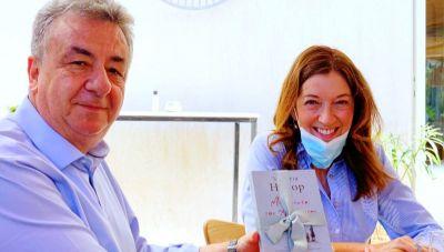 Αρναουτάκης και Βικτόρια Χίσλοπ στα γυρίσματα της νέας σειράς της ΕΡΤ
