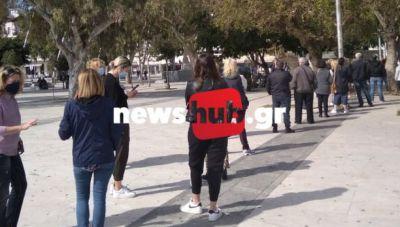 Θέμα newshub.gr: Tα rapid tests στα κιόσκια του Ηρακλείου και η άψογη διαδικασία (φωτογραφίες)