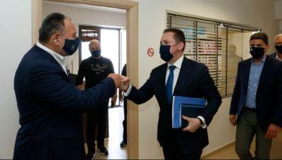 Πέτσας από Ρέθυμνο: «Η κυβέρνηση είναι μαζί με την τοπική αυτοδιοίκηση»