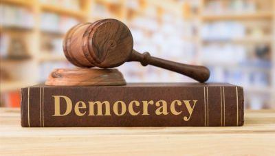 Ποιος να απαιτήσει δημοκρατικές ελευθερίες