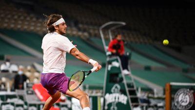 Roland Garros: Για τρίτη χρονιά στους «16» ο Τσιτσιπάς