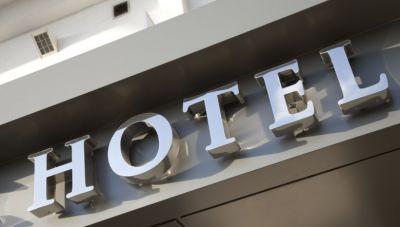 Ηράκλειο: Ψυχρολουσία από τις απολύσεις σε γνωστό ξενοδοχείο-Τι δηλώνει ο Νίκος Κοκολάκης στο newshub.gr