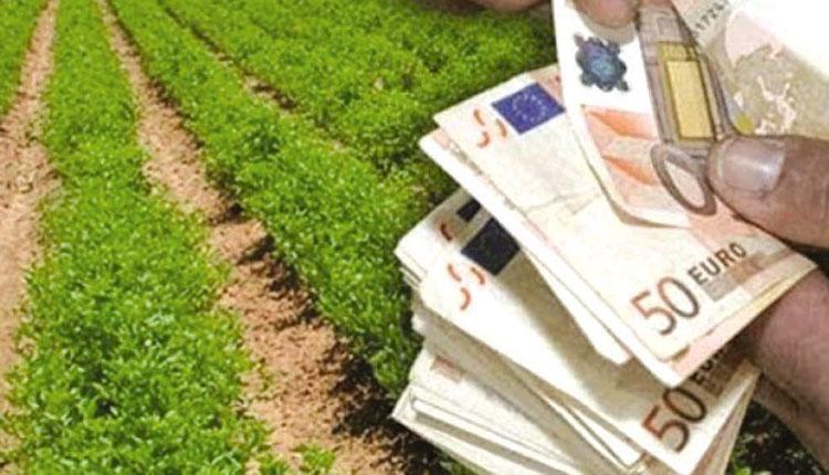 Ασφαλιστικές εισφορές: Πως θα γίνει η πληρωμή για 800.000 ελεύθερους επαγγελματίες και αγρότες
