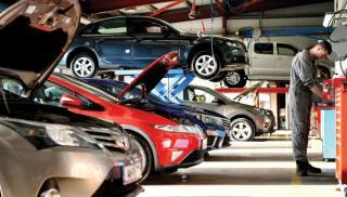 Μείωση κατά 67,5% στις πωλήσεις καινούριων αυτοκινήτων στην Ελλάδα