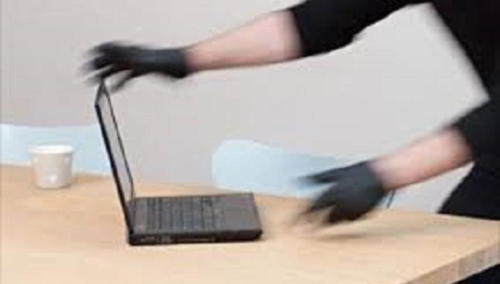 Ηράκλειο: Βρήκαν τον υπολογιστή και μαζί τον... κλέφτη