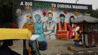 Ινδία: 3η χώρα στον κόσμο σε κρούσματα - Ανακλήθηκε η απόφαση για Ταζ Μαχάλ