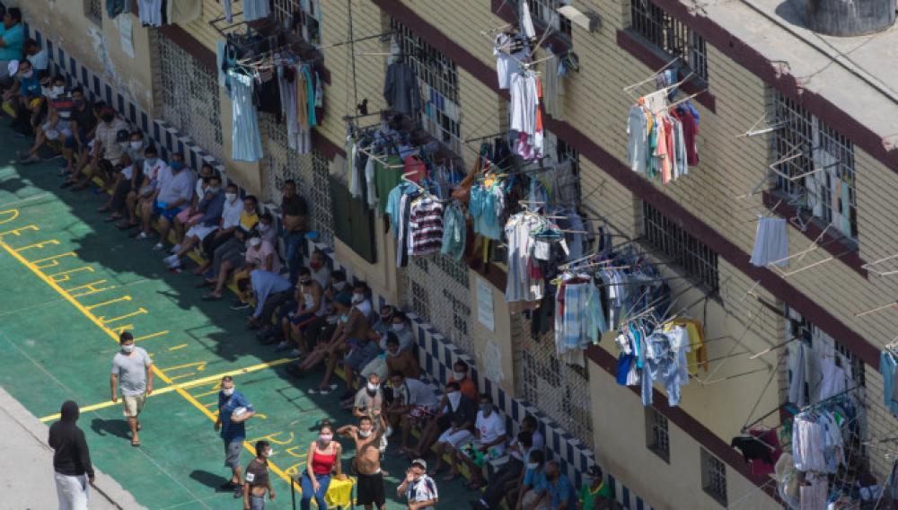 Περού: Αποφυλακίστηκαν προσωρινά 1.500 κρατούμενοι