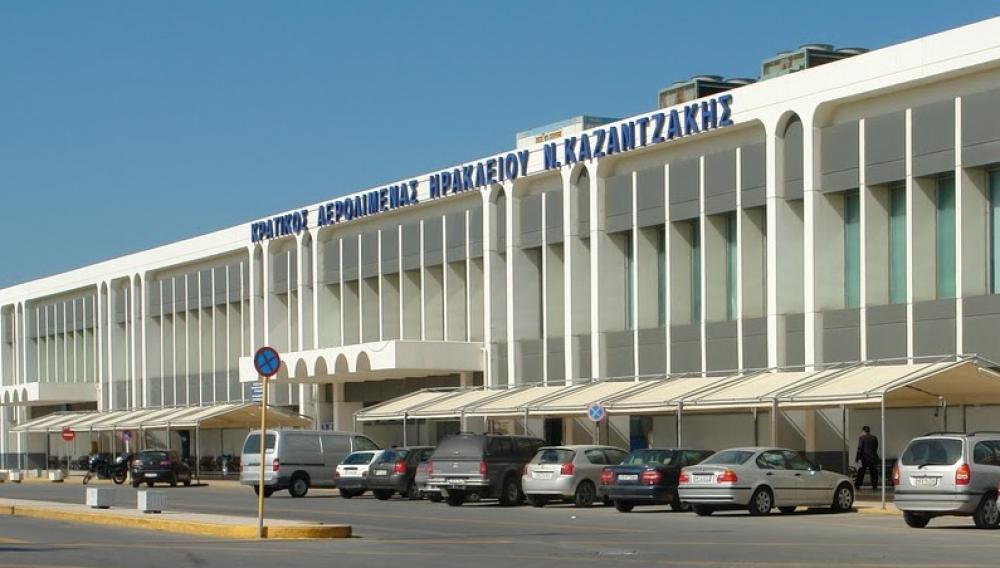 «Επιασαν» δουλειά οι αστυνομικοί στο αεροδρομιο Ηρακλείου...