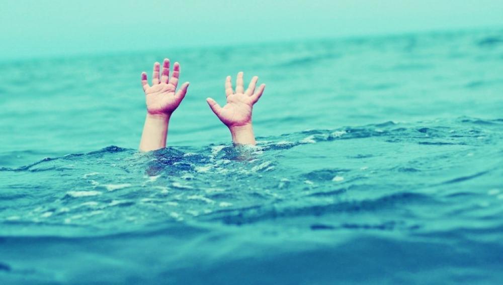 Ηράκλειο: Ο ναυαγοσώστης έσωσε το μικρό κορίτσι από τον πνιγμό!