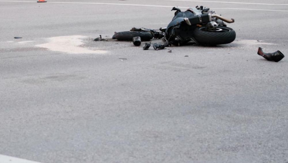 Κρήτη: Στη ΜΕΘ πατέρας δύο παιδιών μετά απο τη συγκρουση της μηχανής του με φορτηγό!