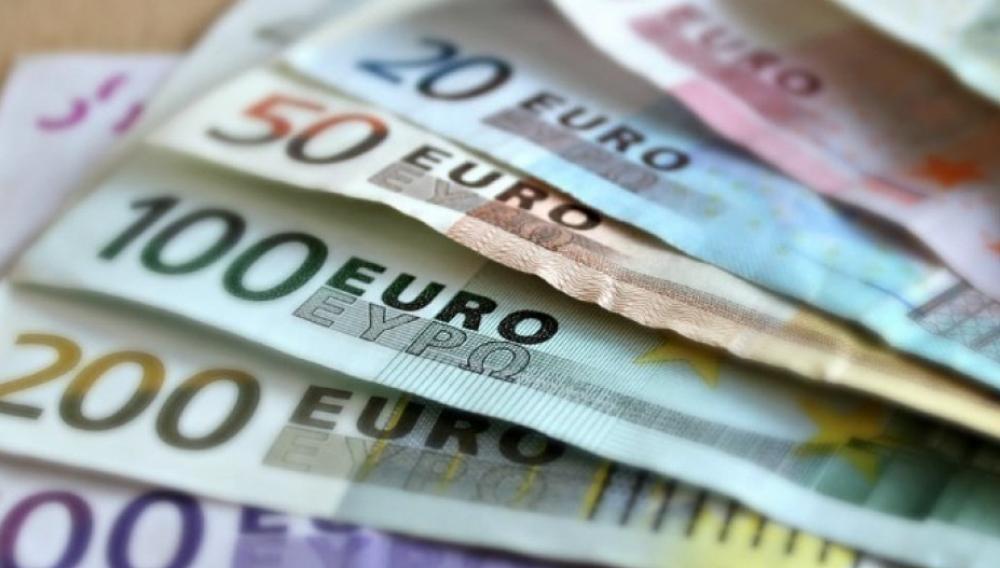Δάνεια έως 25.000 ευρώ ακόμα και από... εταιρείες κινητής τηλεφωνίας