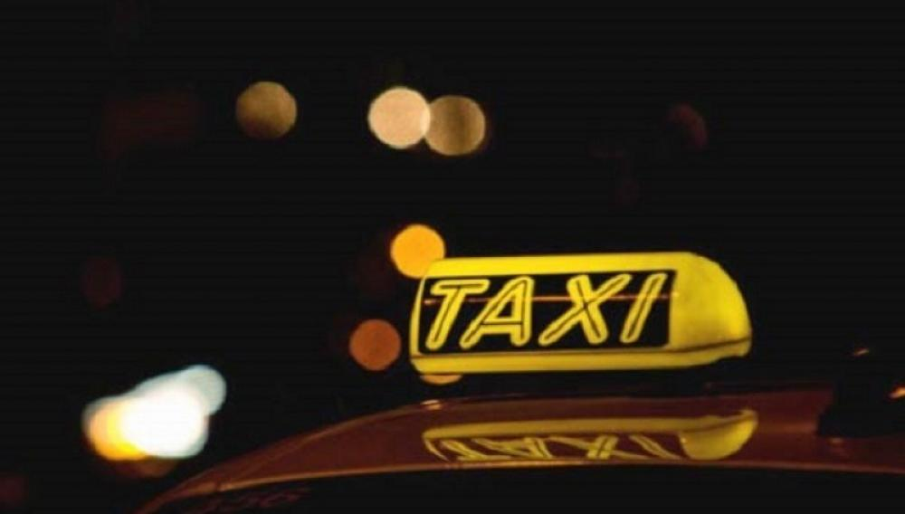 Η μείωση του ΦΠΑ στο 13% στις μεταφορές αφορά και τα ταξί
