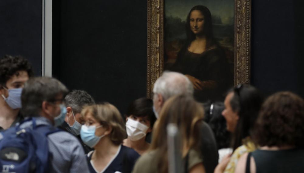 Ανοιξε σήμερα το Μουσείο του Λούβρου