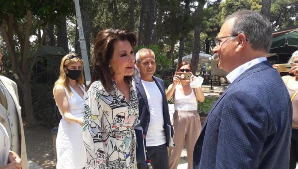 Στην Κρήτη η Γιάννα Αγγελοπουλου