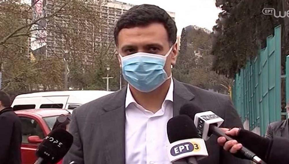 «Θερμή» υποδοχή στον Υπουργό Υγείας από τους εργαζόμενους!