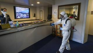 Κρήτη: Ακόμη δύο τουρίστες θετικοί στον κορωνοϊό - Τρεις στο ξενοδοχείο καραντίνας