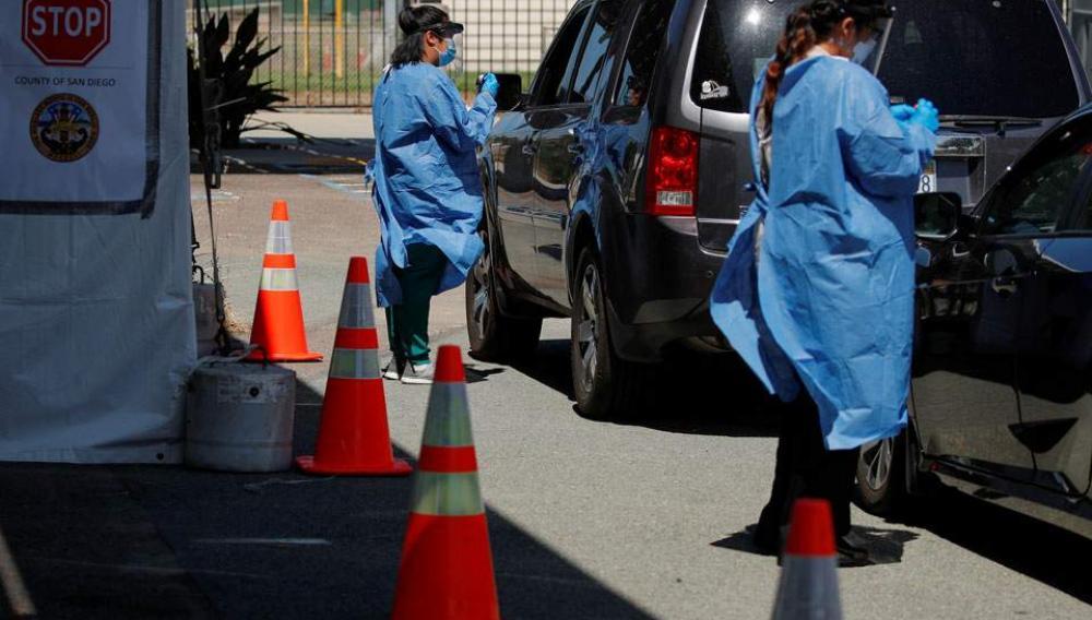 Κορωνοϊός: Ο κίνδυνος μόλυνσης είναι σχεδόν 3,5 φορές μεγαλύτερος για γιατρούς και νοσηλευτές