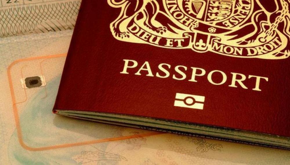 Κρήτη: 63 συλλήψεις στα αεροδρόμια Ηρακλείου και Χανίων για πλαστογραφία