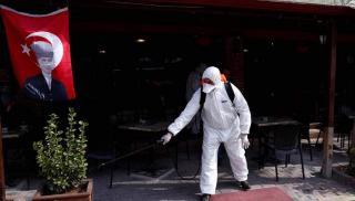 Τουρκία: 15 νέοι θάνατοι και 1.182 κρούσματα κορωνοϊού το τελευταίο 24ωρο