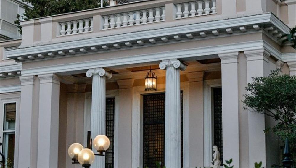 Ελλάδα: Αντεπίθεση σε ολα τα επίπεδα - Σύσκεψη των υπουργών εξωτερικών της Ε.Ε.