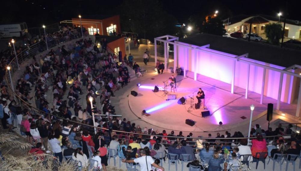 Μικτή Χορωδία Δήμου Μινώα Πεδιάδας: «Τα τραγούδια που αγαπάμε»
