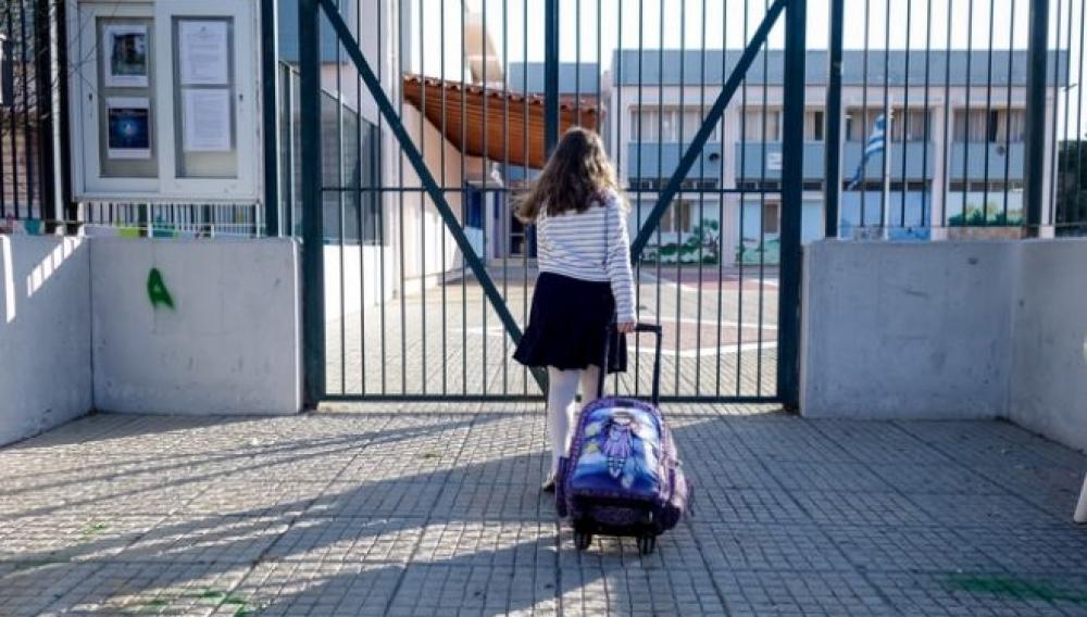 Κορωνοιος: Τα νέα κρουσματα στην Κρήτη και τα σενάρια για τα σχολεία