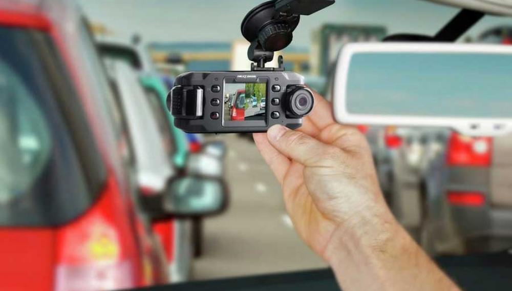 ΑΠΟΚΛΕΙΣΤΙΚΟ: Θέλουν κάμερες παντού- Σε αυτοκίνητα και εξεταστικά Κέντρα