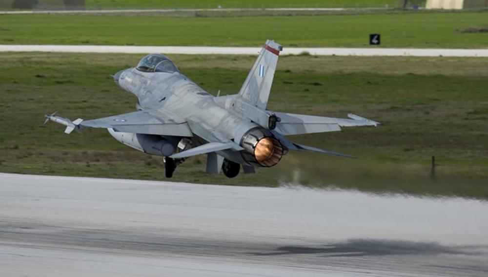 Αιγαιο: Αερομαχίες με τους Τούρκους όσο πλέει το Ορούτς Ρέις