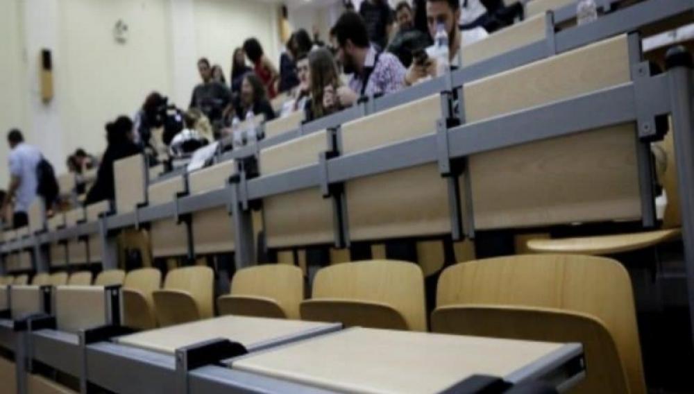 Θέμα newshub.gr: Προβληματισμός λόγω κορωνοιου για τα μαθήματα στα Πανεπιστήμια