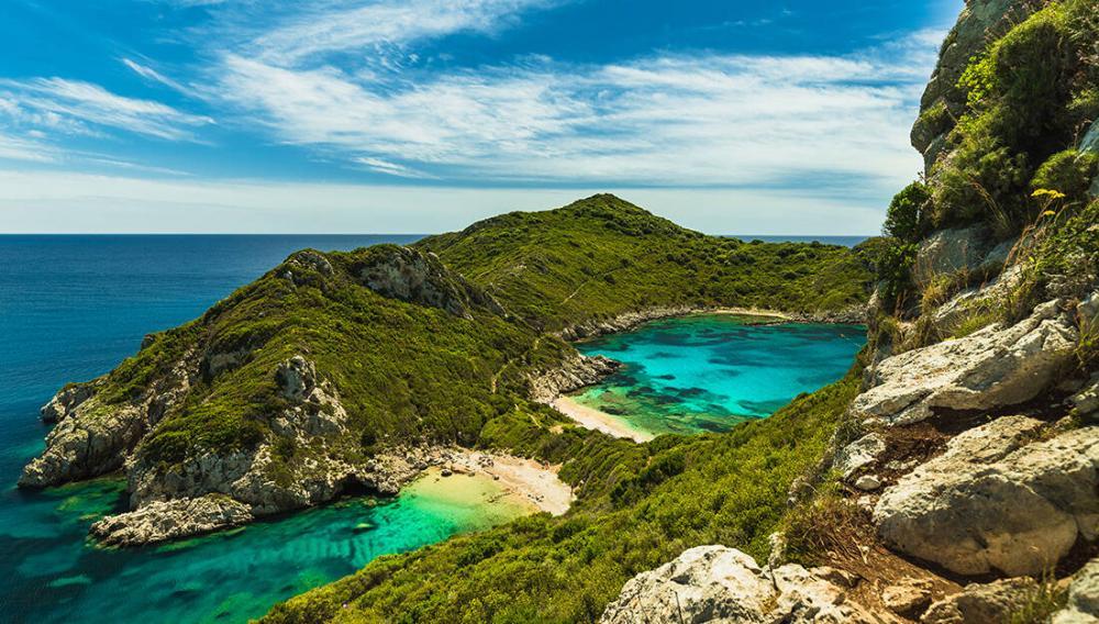 Οι εξωτικές «δίδυμες» παραλίες της Ελλάδας